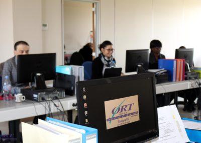 Employé(e) Administratif(ve) et d'Accueil Niveau V